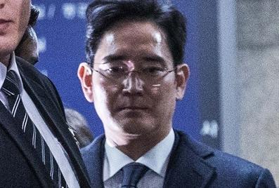 삼성은 철저한 반성과 소유지배구조 개선으로 국민에게 존경받는 기업으로 거듭나야