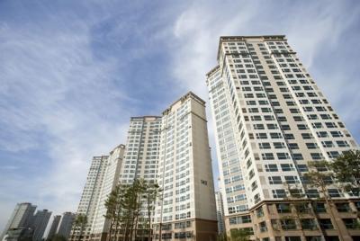 4년간 물가보다 5배(강남10배) 상승한 아파트값이 진짜 문제다