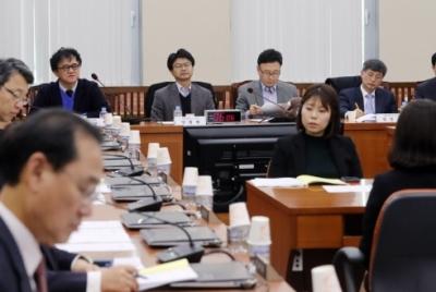 정개특위 모니터링(4) 공청회 출석 전문가들, 선거제도 개혁과 의원정수 확대 입장 밝혀